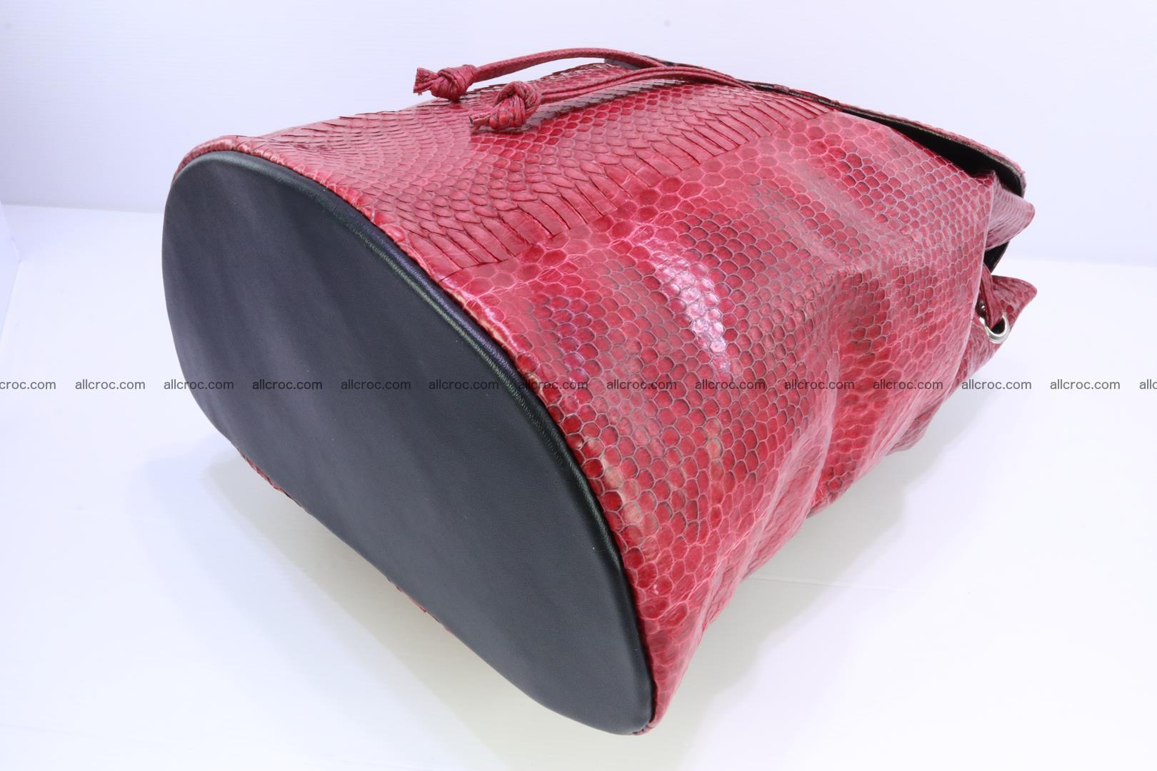 Cobra skin backpack with head of cobra 418 Foto 10