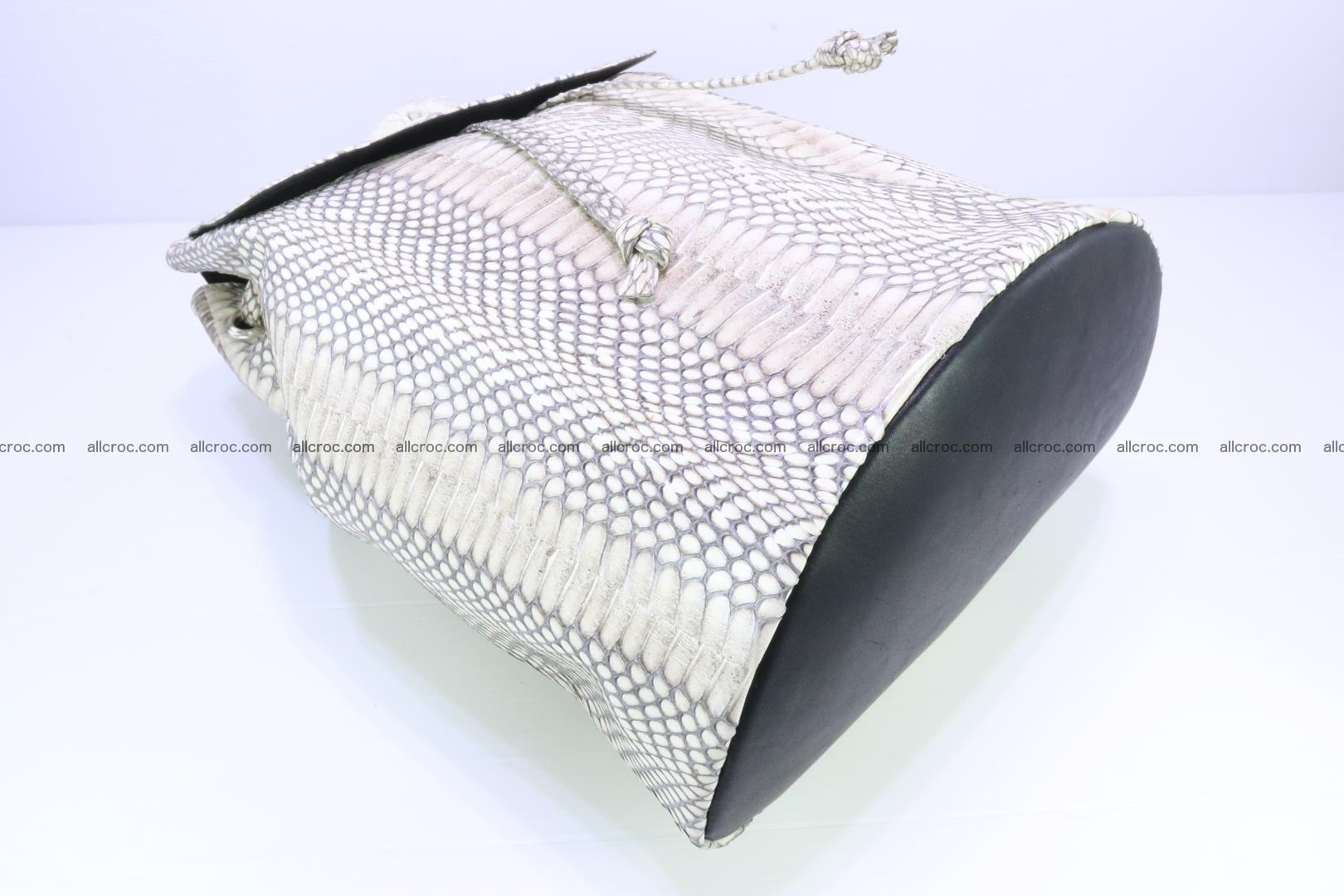 Cobra skin backpack with head of cobra 187 Foto 8