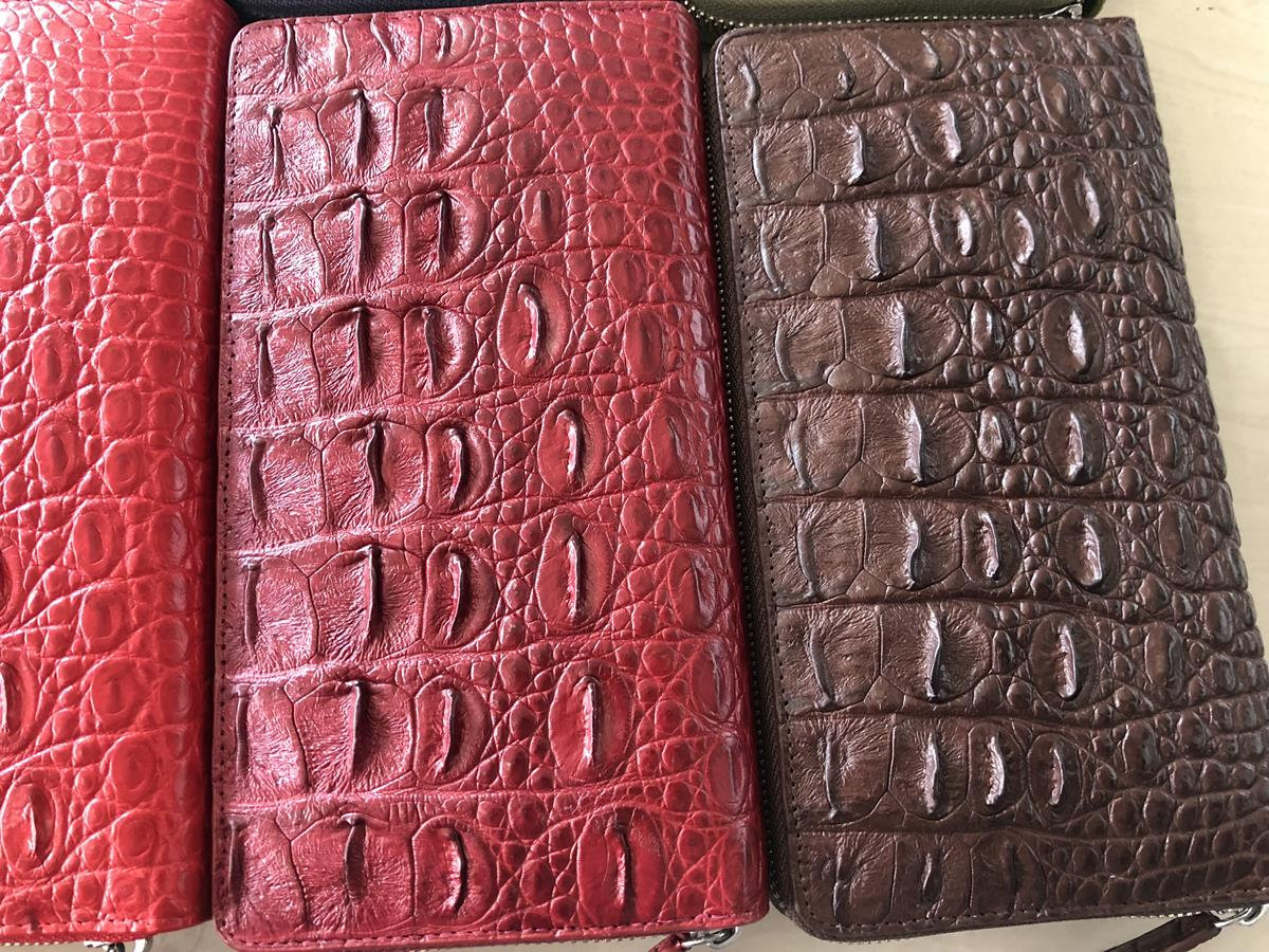Crocodile skin wallet for women  1 zip 05.jpg